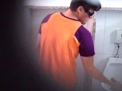 Boquete em banheiro brasil