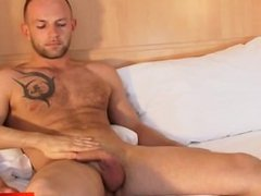 Sexy massage for a real nice straight guy !