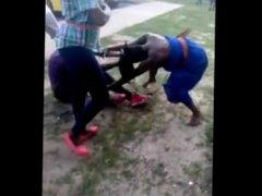 naked girl fight