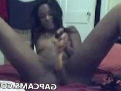 Ebony girl masturbate on webcam