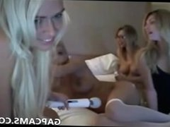 4 teen lesbians masturbate on webcam