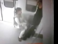 DELHI METRO CCTV FOOTAGE LEAKED - COUPLE ----.mp4
