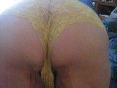 ass wiggle 1