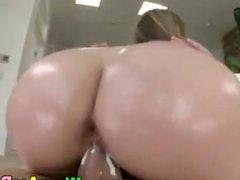 Huge ass on the white girl
