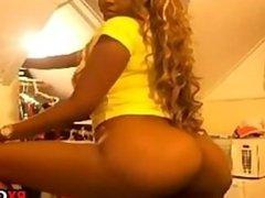 A Lil Latina Booty free porn web cams