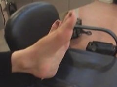 Hot Girl with Hotter Feet