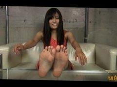 tickle feet Banana 1
