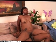 Ebony didn't expect how huge cock in her pussy