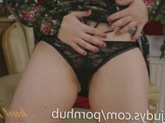 Mature Olga Cabaeva Teases You With Her Pussy