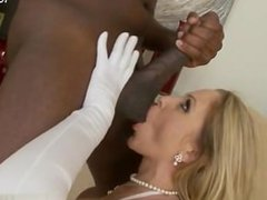 Glamour pussy sperm in mouth
