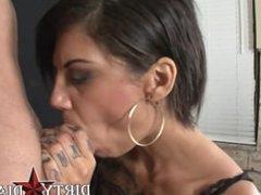 Bonnie Rotten smoking fetish