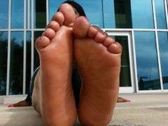 Ebony public foot tease