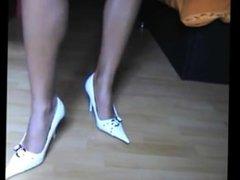 German Webcam Shoe Fetish Inserts Shoe Heel In Her Pussy - Heelslovers@porn