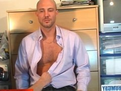 Real straight guy get sucked by a guy in spite of him : David serviced !