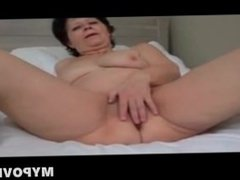 Nasty mom plays with step-daughter