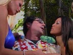 Sex Idol, Scene 1