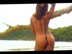 Brazilian Island #2, Scene 5