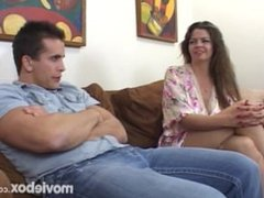 Mommy Knows Best, Scene 1
