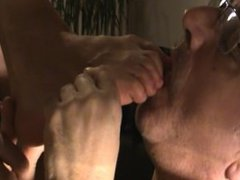 Feet mature sniffing