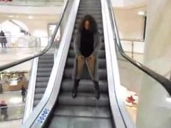 Sarina public pissing