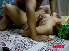 Velamma Bhabhi sex on velammabhabhi.pornblogreview.com