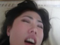 JAPANESE GIRLFRIEND FUCKED HARD AND CUMMING REAL!