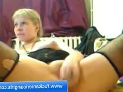 Babe Masturbation In the Front of The Webcam