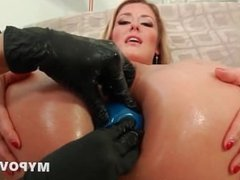 HD High heels blondie loves extreme anal
