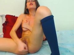Cam Girl Layla giving it her all