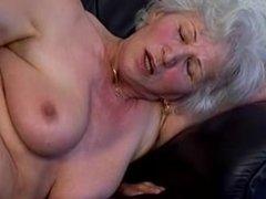Oma Granny Norma Ursula Marinoka 60. Geburtstag