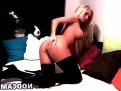 Smokin hot blonde w black stockings w vibrato