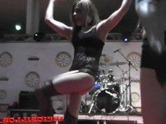 La Pantera y Anthony erotic dance show on stage by Viciosillos.com