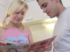 Young Anal Tryouts - Marusya is standing in kitchen waiting man