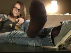 Cassandra's Virtual Footjob - www.c4s.com/8983/13146658