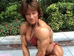 Mature Muscle Milf Loves to Flex