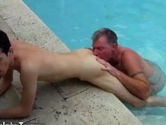Gay sex Brett Anderson is one lucky daddy, he's met up with super-naughty