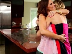 MommysGirl Step-Mom Shows Pussy Eating Techniques