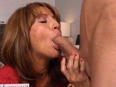 Chesty mom Tara Holiday slurp a big dick