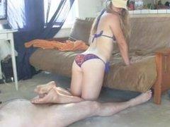 Bikini Footjob HD