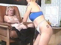 young slave girl worship mature mistress feet