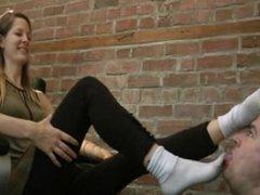 Amelia's Sweaty Feet Challenge - www.c4s.com/8983/13189758