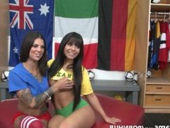Bonnie Rotten and Rose Monroe 1