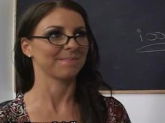 Sex lesson from a bigtitted MILF