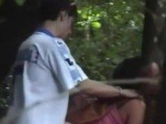 Novinha dando no bosque