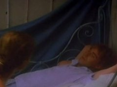 "Emmanuelle Beart nue ""premier baiser"" (1984)"