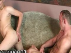 Chris Kohl: Young Ass Examined By A Horny Daddy