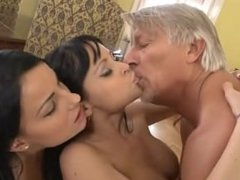 threesome hot action