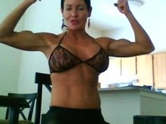 Mature MILF With Muscles On Webcam