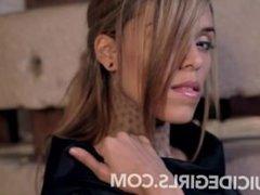 @R@BELL@ tattooed goddess