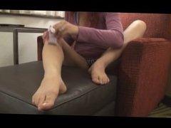 Sarah Blake Electric Leg Shave